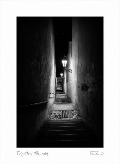 Forgotten Alleyway